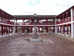 Imagen de archivo. Plaza Mayor de Puerto Lápice
