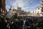 Procesión de la Virgen de la Paz en Villarta y el lanzamiento de cohetes /Fotos Rueda Villaverde